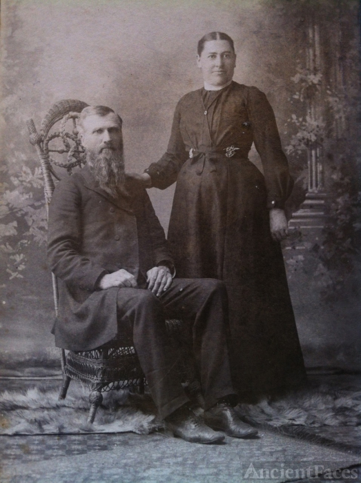 Rev. John & Marry Norris, 1907