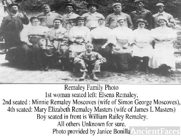 Family Photo of the Remaley Family