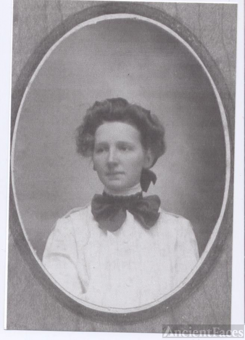 Unknown Portrait of a woman