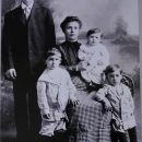 Joe Ollari Family, New York