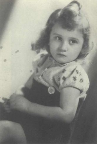 A photo of Betty Ascher