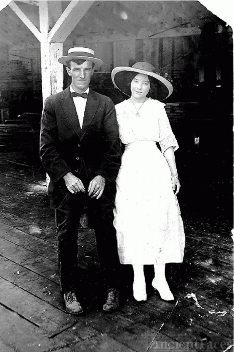 Steve L and Lillie Barron