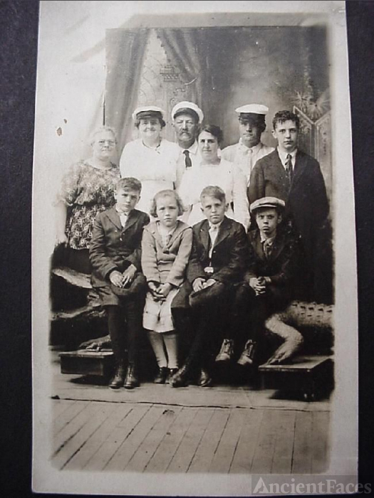 Susie Drake Rutherford & family circa 1917
