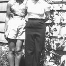 Lois & Connie Benning, Washington