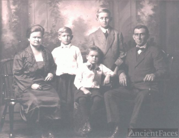 James Paxton Family of Ashland, OH