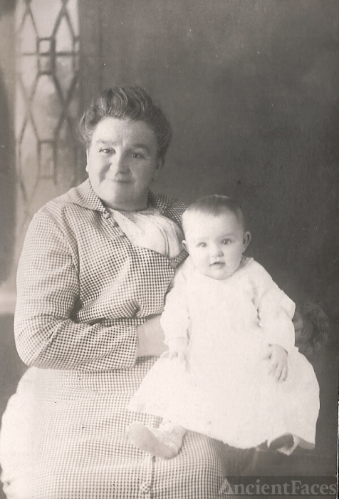 Alice Wilkins & Alice Schubel Michigan 1913