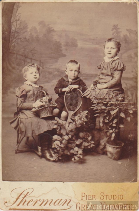 Great Yarmouth, England, Unknown Children