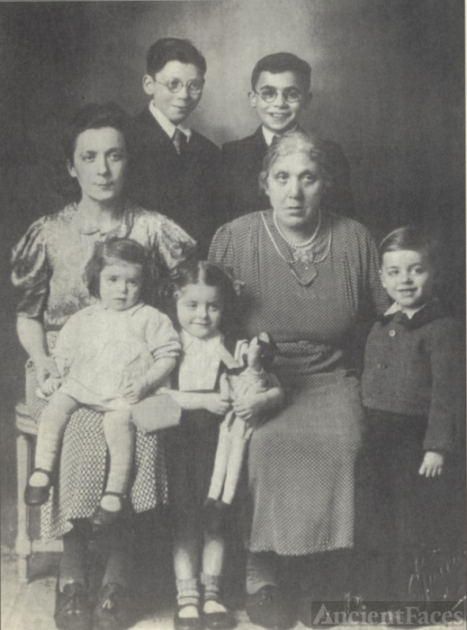 Jungerman family 1943