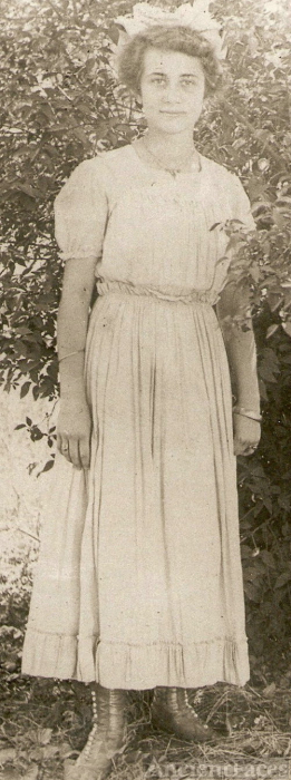 Beulah Shindley Mauk Wedding Picture