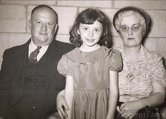 Floyd and Myrtle Feasel with Daughter Nancy Lee