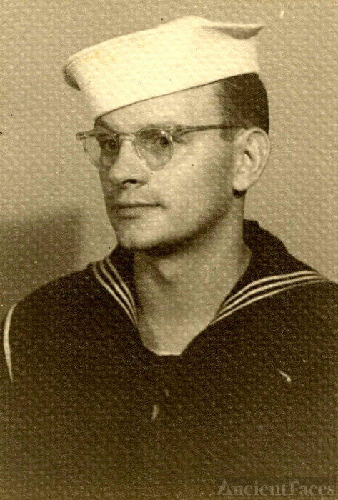 Edward Paul Rynkiewicz US Navy Sep 1945