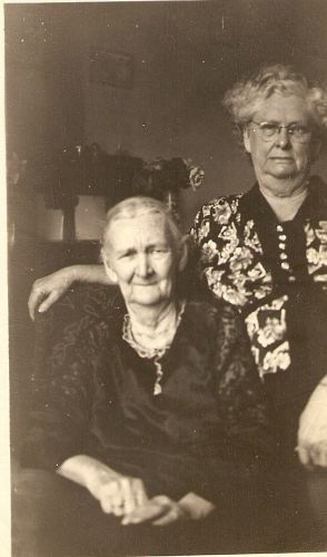 "A photo of Mary Lou ""Vina"" (Hobbs) Hammons"