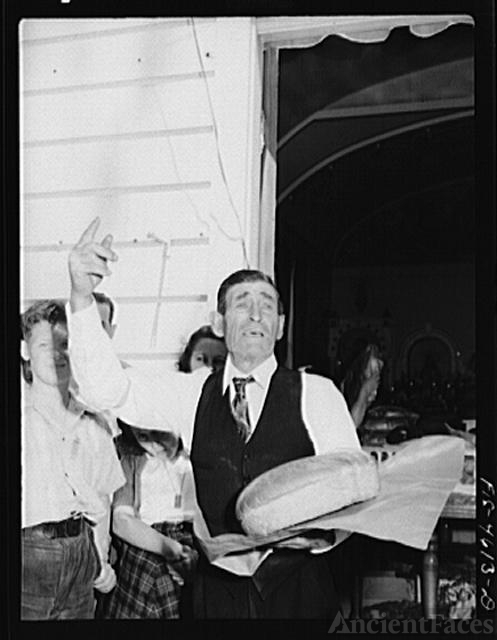 Auctioneer at the fiesta of the Holy Ghost. Santa Clara,...