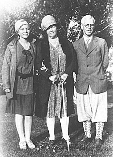 Nelson, Minnie, & Alice Benning