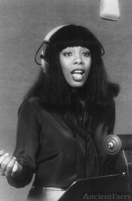 Donna Summer - Disco Queen