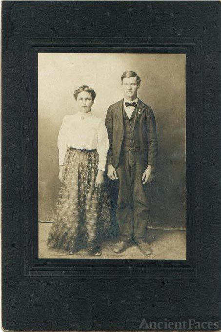 Mary Bowling & Jimmie Clevenger, Stone Co, MO