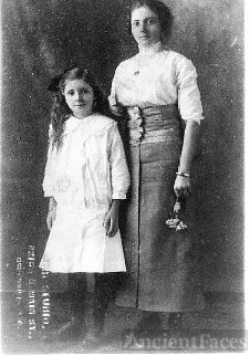 Ethel and Lois Cox