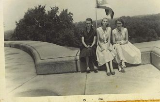 Muncy sisters of McDowell Co, WV