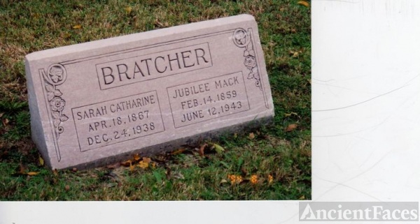 Sarah Catharine and Jubilee Mack Bratcher Grave