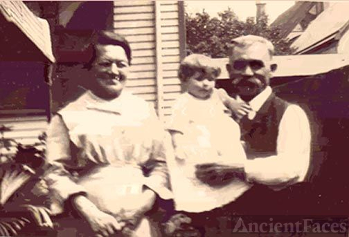 Christian & Minnie Knoernschild with Edith Oster