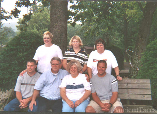 Waynuel & Sherry McCray Family