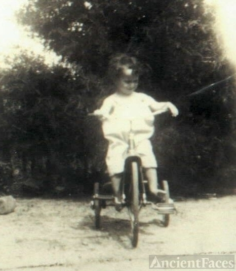 Ronald Samuel on a bike