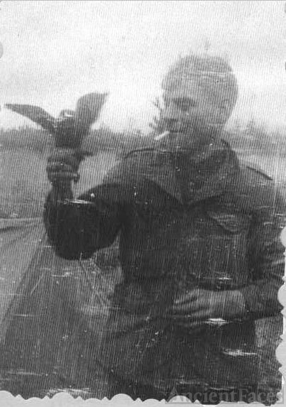 Pvt. Ames & his crow