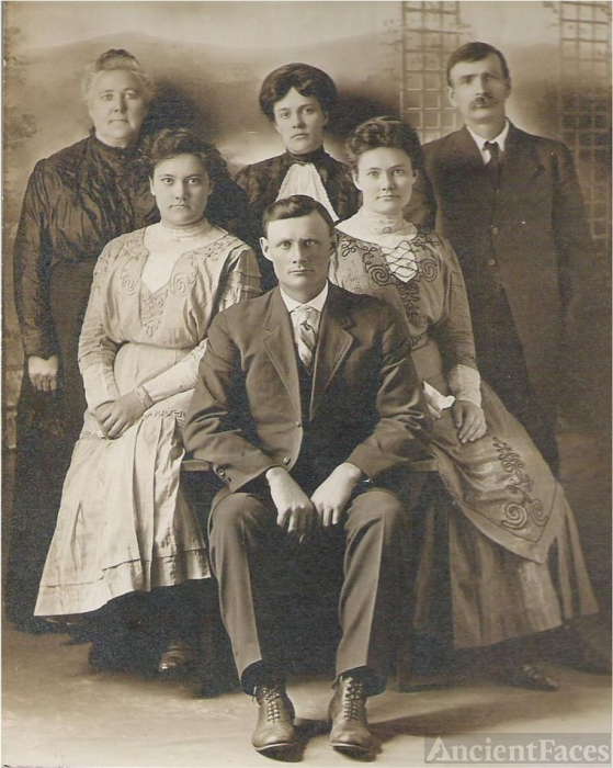 James Henderson Louthan Family