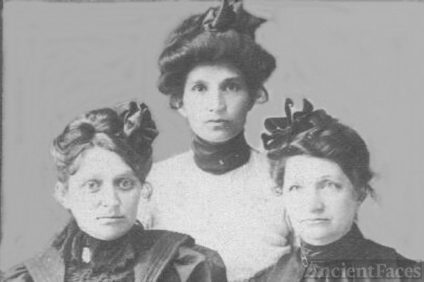 Nina Belle Burch and Sisters