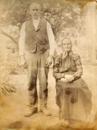 Robert and Martha Lewallen