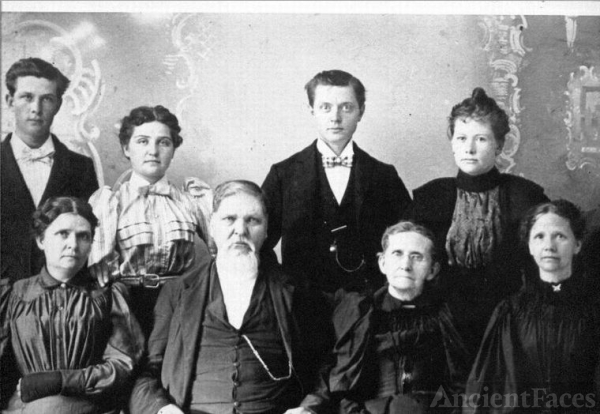 Henry T. and Mary E. Carter Bridges Family