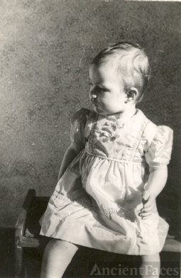 Carole Ann Nelson baby picture
