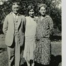 William, Alietha, & Millie (Siddles) Long, 1928