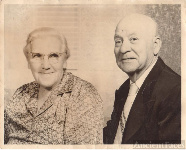 Bessie and John Akers