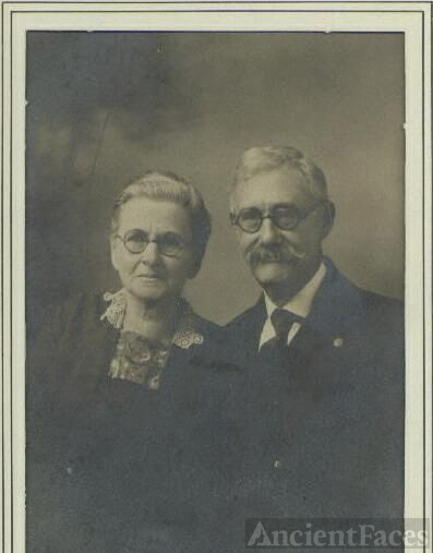 David and Nancy Helms