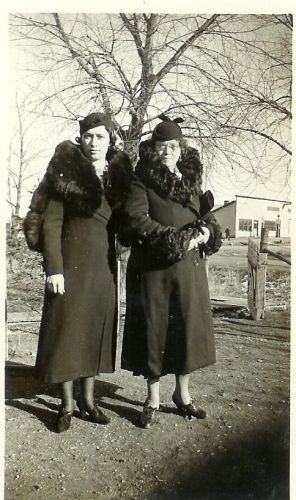 Anna (Tuffs) Scobell & Unknown Lady