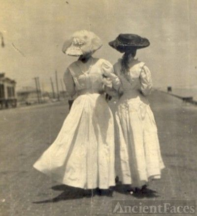 Two Southern Belles on the Seawall