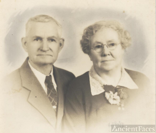 "Joseph T. ""Doc"" and Mary Finley Perry Smith"