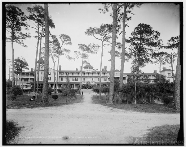 The Hotel Ormond