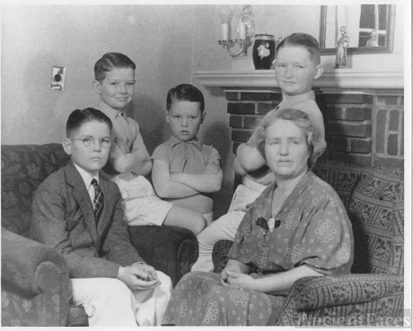 Margaret Julia (Dinan) Wheeler family