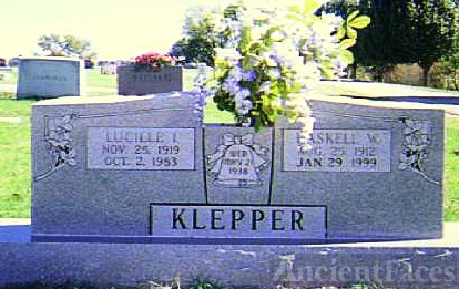 Haskell  and Lucille WHITFIELD Klepper Gravesite