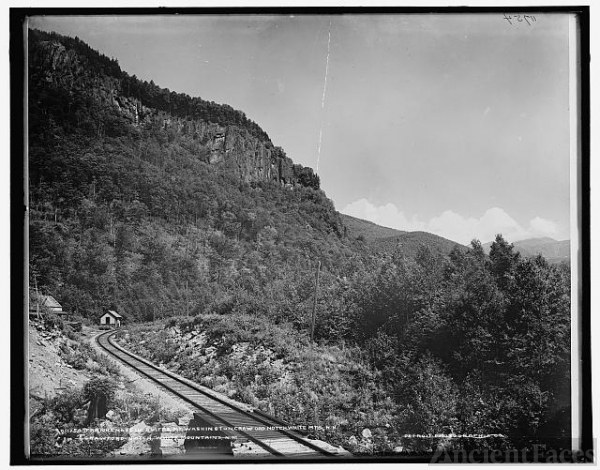 Frankenstein Cliff & Mt. Washington, Crawford Notch,...