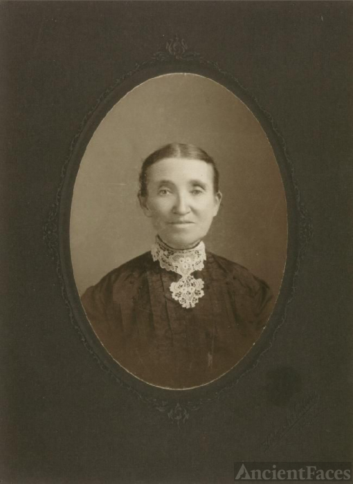 Lucy Gray Nickels