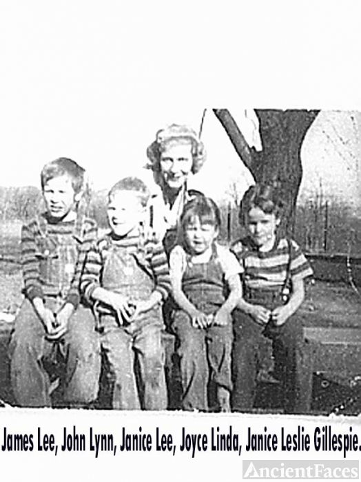 gillespie children with Janice Osborne Gillespie