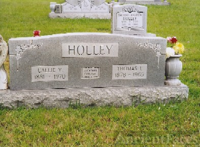Headstone of Thomas Lon and Callie Holley