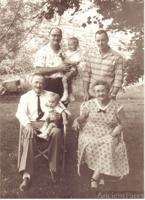 Bennett Four Generation Photo