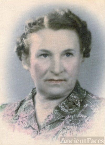 MINNIE KATHRYN KENNEDY ISENBERG