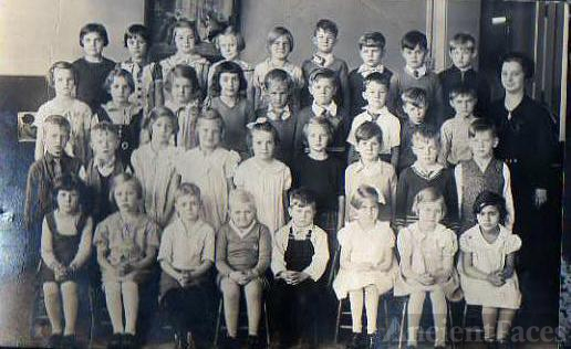 Troubridge St School Milwaukee, WI, grade 1
