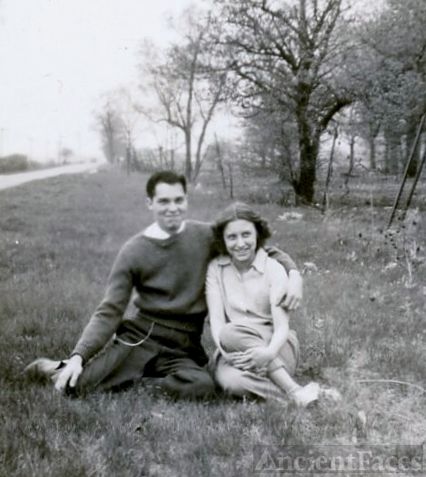 Charles E and June Reed, 1942