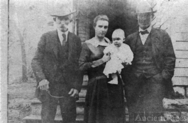Lewis Evans Myers and family